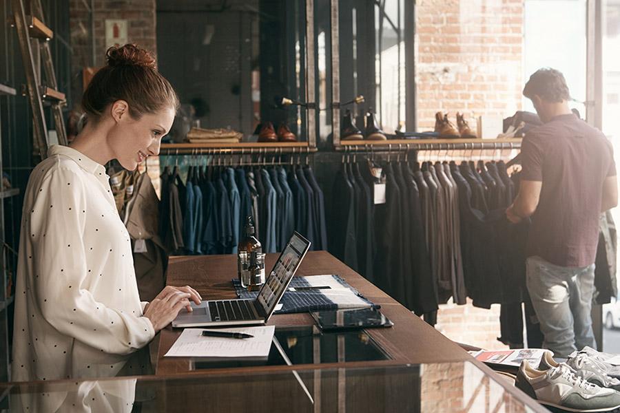 Codefia usługa projektowania sklepów internetowych