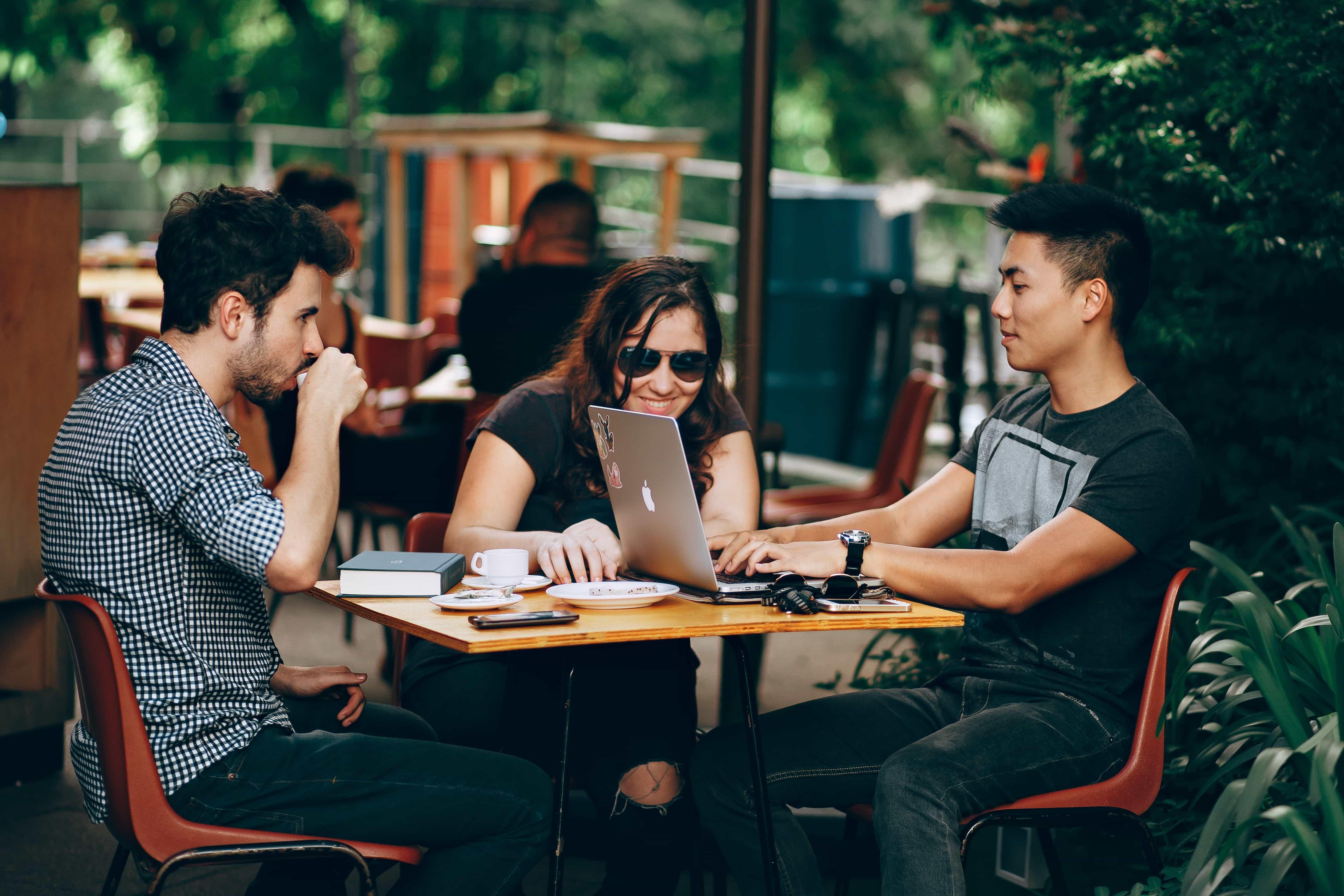 Jak stworzyc strone internetowa dla Twojego biznesu - spotkanie